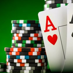 Poker Lessons Playing Flush Draws – Choose the right poker lessons